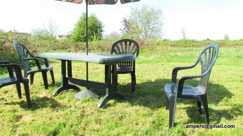 Photo of picnic table area at the Pasture