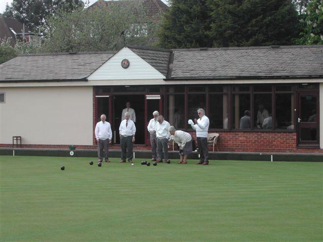 Finchley Bowling Club green